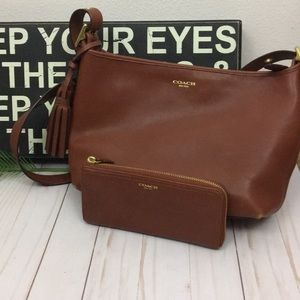 VINTAGE STYLE COACH CROSSBODY AND  MATCHING WALLET